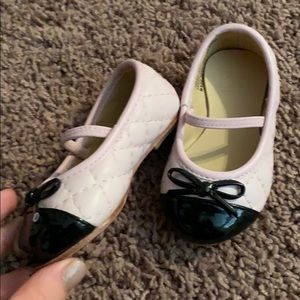 Size 4 toddler Pink and Black flats